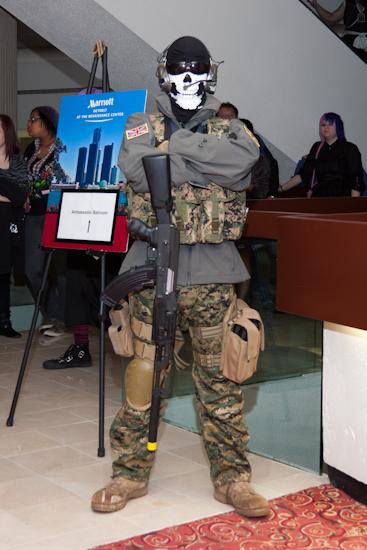 Modern Warfare Ghost Cosplayer